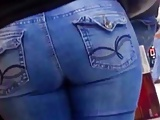 NICE WIDE ASS IN JEANS